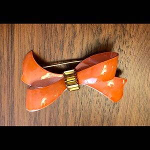 Vintage enamel bow brooch